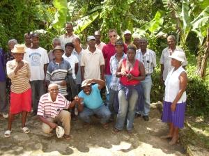 I lavoratori della piantagione di caffè haitiana che fa parte del progetto di solidarietà senese